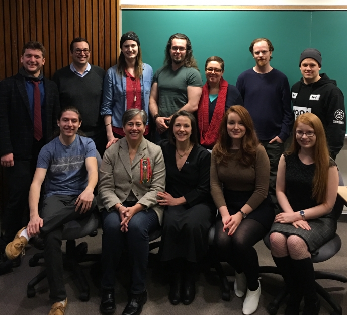 Group shot of Metis Nation of Ontario President and alumna Margaret Froh with with Indigenous students past, present and future